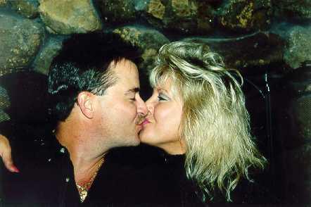 rp-kiss.jpg